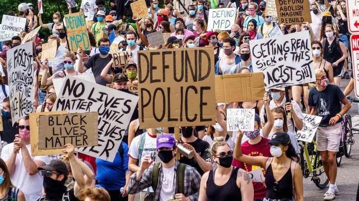 SAN DIEGO UPS POLICE BUDGET BY$27M