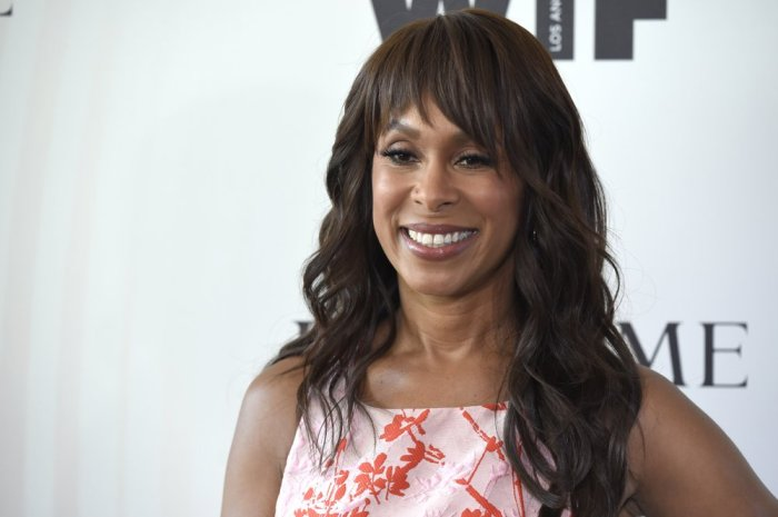 CHANNING DUNGEY JUMPS TO WARNERBROS.