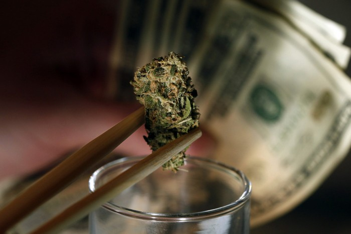 HOW STATE MARIJUANA LEGALIZATION BECAME A BOON FORCORRUPTION